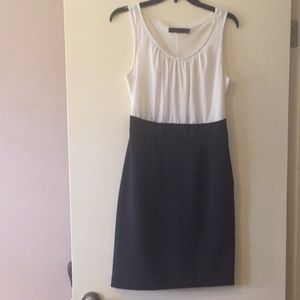 The Limited fitted white & dark navy dress Size 2